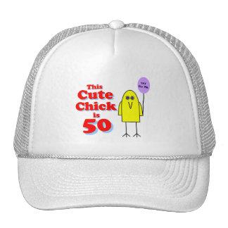 ¡El polluelo lindo es 50! Gorras De Camionero