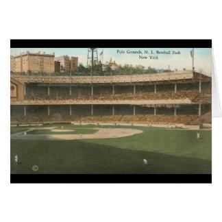 El polo famoso pone a tierra el parque del béisbol tarjeta de felicitación