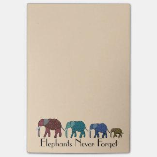 El Poste-it® de los elefantes africanos observa 4 Notas Post-it®
