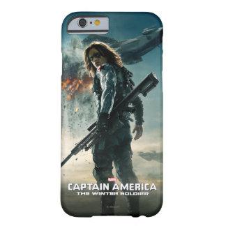 El poster del soldado del invierno funda de iPhone 6 barely there