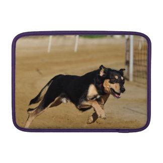 el practicar de la agilidad del perro funda macbook air