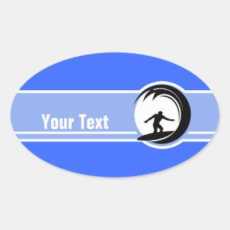 El practicar surf; Azul Calcomanías Ovaladas