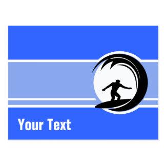 El practicar surf; Azul Postal