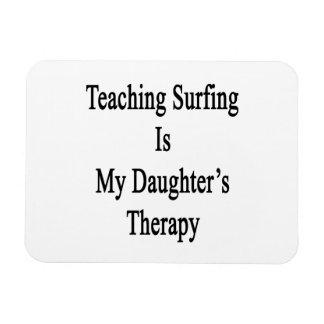 El practicar surf de enseñanza es la terapia de mi iman de vinilo