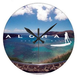 El practicar surf de Hawaii de la hawaiana Relojes De Pared