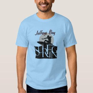 El practicar surf de la bahía de Jeffreys Camisas
