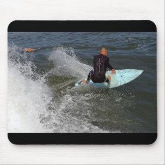 El practicar surf de la playa de Venecia Tapete De Ratón