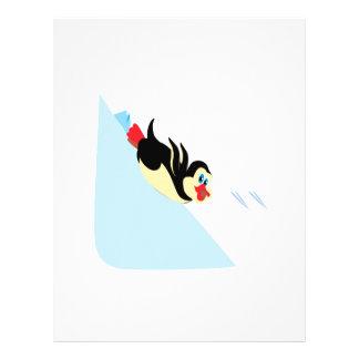 El practicar surf del cuerpo del pingüino flyer personalizado