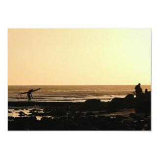 El practicar surf del final de los días comunicado personalizado