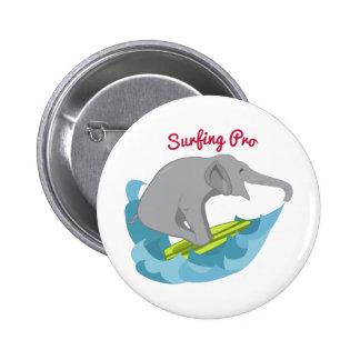 El practicar surf favorable pin