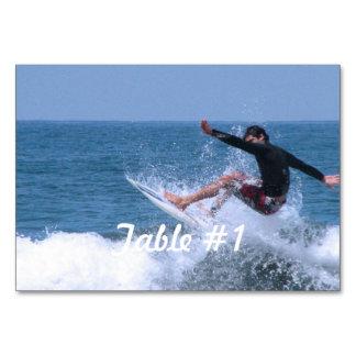 El practicar surf fresco