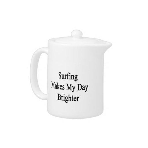 El practicar surf hace mi día más brillante