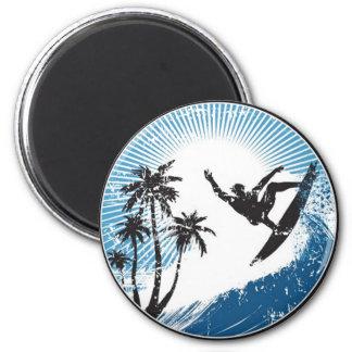 El practicar surf imán redondo 5 cm