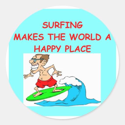 el practicar surf pegatina redonda