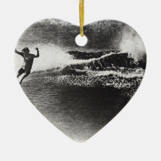 el practicar surf retro adorno navideño de cerámica en forma de corazón