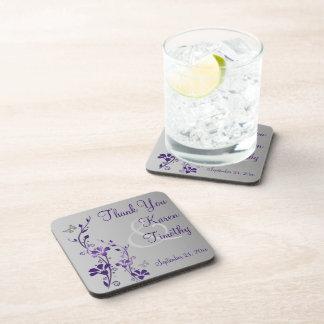 El práctico de costa floral gris púrpura del boda  posavasos