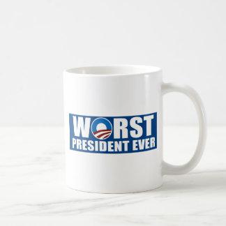El presidente peor Ever Taza Básica Blanca