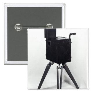 El primer cinematographe de Lumiere Pin Cuadrada 5 Cm