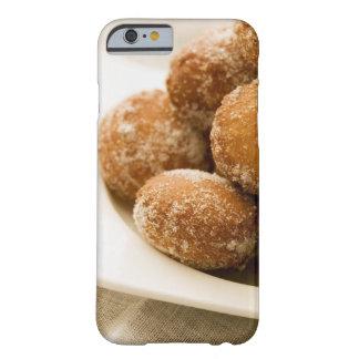 El primer de una bandeja de un azúcar cocido funda para iPhone 6 barely there