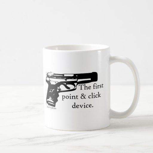 El primer dispositivo del punto y del tecleo taza de café