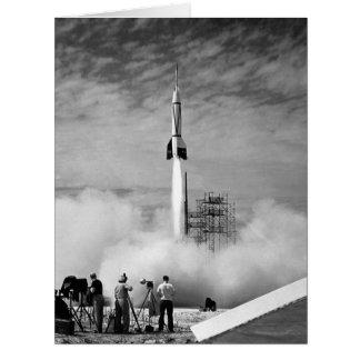 El primer lanzamiento de Rocket en Cabo Cañaveral Tarjeta De Felicitación Grande