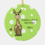 El primer navidad del bebé lindo de la jirafa adorno