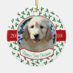 El primer navidad del perrito - acebo y bayas ornamentos para reyes magos