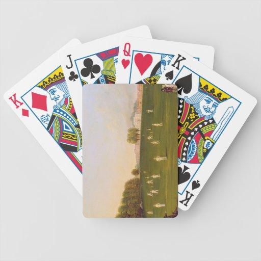 El primer partido magnífico de grillo jugó por los baraja de cartas