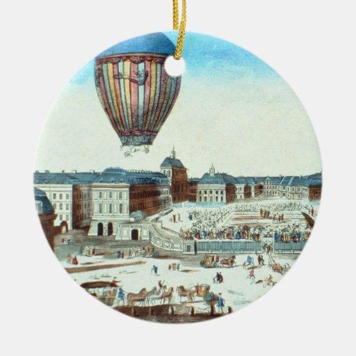 El primer vuelo de los vagos de aire caliente de adorno navideño redondo de cerámica
