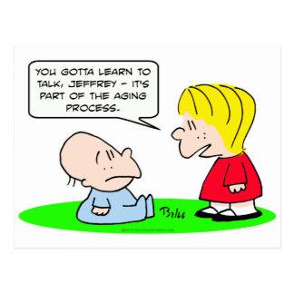 el proceso del envejecimiento aprende al bebé de postal