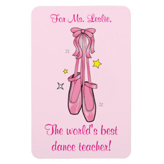 El profesor de la danza le agradece con los imanes rectangulares