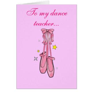 El profesor de la danza le agradece con los tarjeta de felicitación