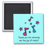 El profesor de música le agradece iman de nevera
