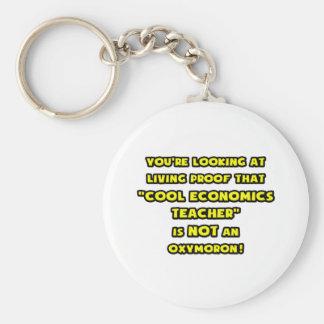 El profesor fresco de la economía no es un Oxymoro Llavero