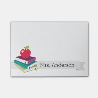 El profesor personalizado reserva notas de post-it post-it notas