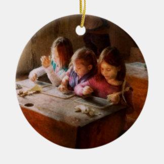 El profesor - sala de clase - educación puede ser ornamento de navidad