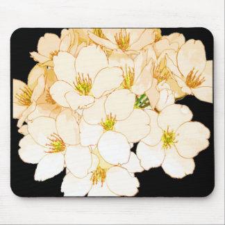 """""""El propio de la naturaleza"""" florece todo el Mousepads"""