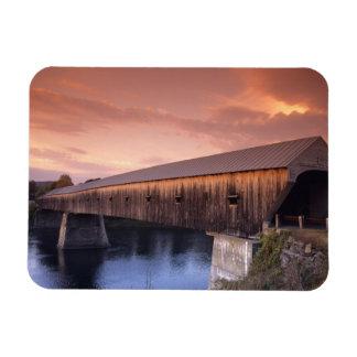 El puente cubierto más largo de los Estados Unidos Iman De Vinilo