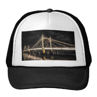 El puente de Albert cruza el río Támesis, Londres Gorras De Camionero