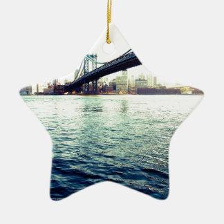 El puente de Brooklyn Adorno Navideño De Cerámica En Forma De Estrella