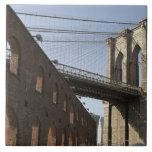 El puente de Brooklyn Azulejo Cuadrado Grande