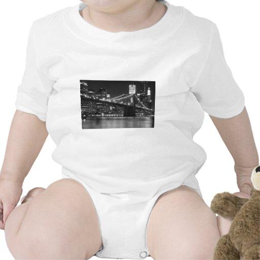 El puente de Brooklyn - blanco y negro Camiseta