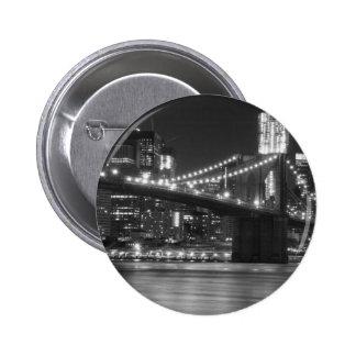 El puente de Brooklyn - blanco y negro Pin