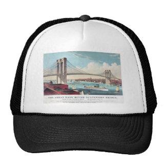 El puente de Brooklyn en New York City a partir de Gorro De Camionero