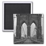 El puente de Brooklyn en New York City Imán Cuadrado