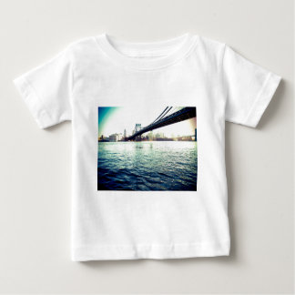 El puente de Brooklyn Playera De Bebé