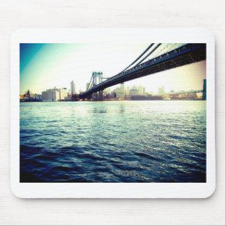 El puente de Brooklyn Tapete De Raton