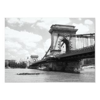 """El puente de cadena sobre el río Danubio en Invitación 5"""" X 7"""""""
