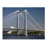 El puente de Ed Hendler atraviesa el río Columbia Postales