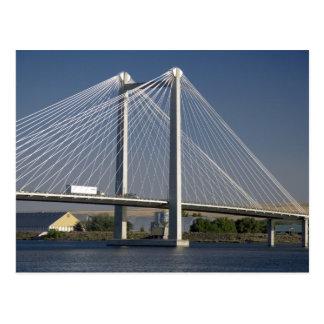 El puente de Ed Hendler atraviesa el río Columbia Postal